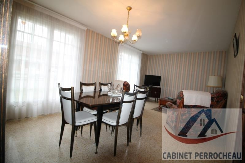 Sale house / villa La chartre sur le loir 79000€ - Picture 2