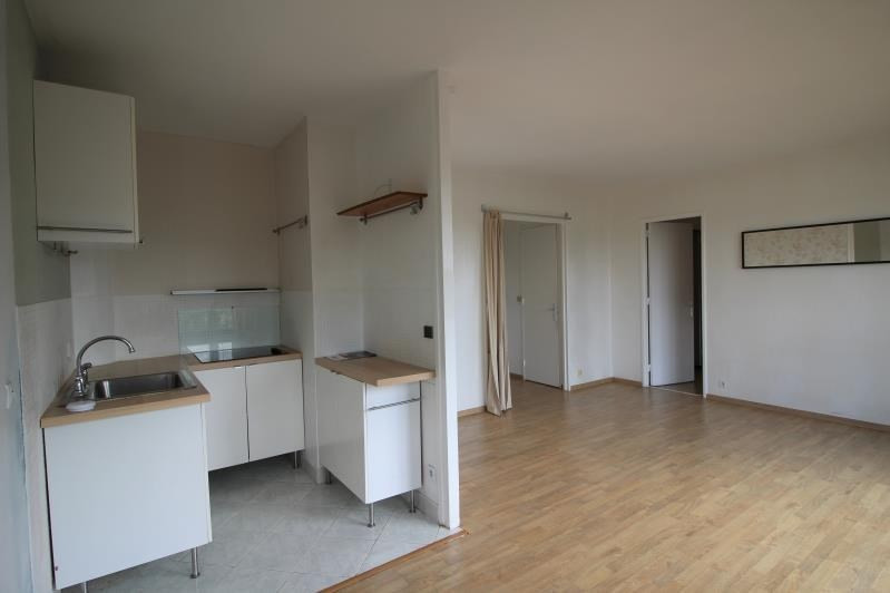Rental apartment Le vésinet 998€ CC - Picture 3