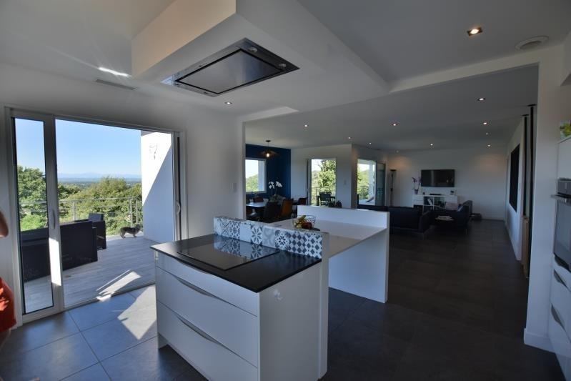 Deluxe sale house / villa Saint-castin 707000€ - Picture 4