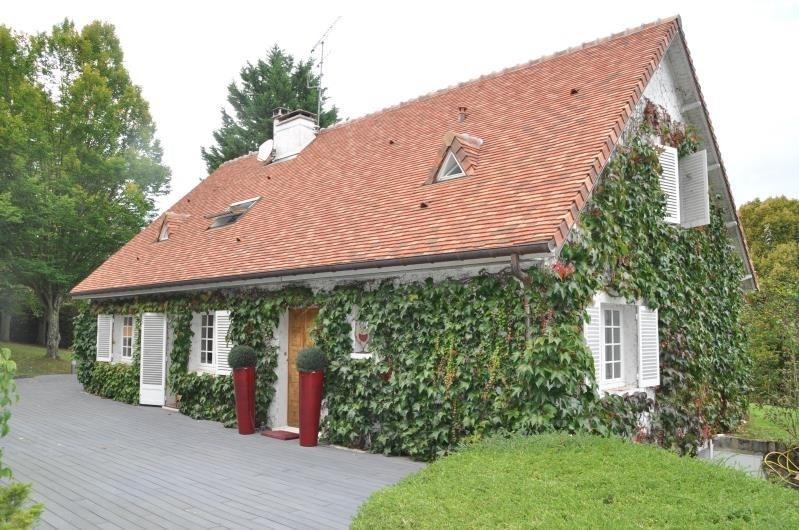 Deluxe sale house / villa St nom la breteche 1390000€ - Picture 1