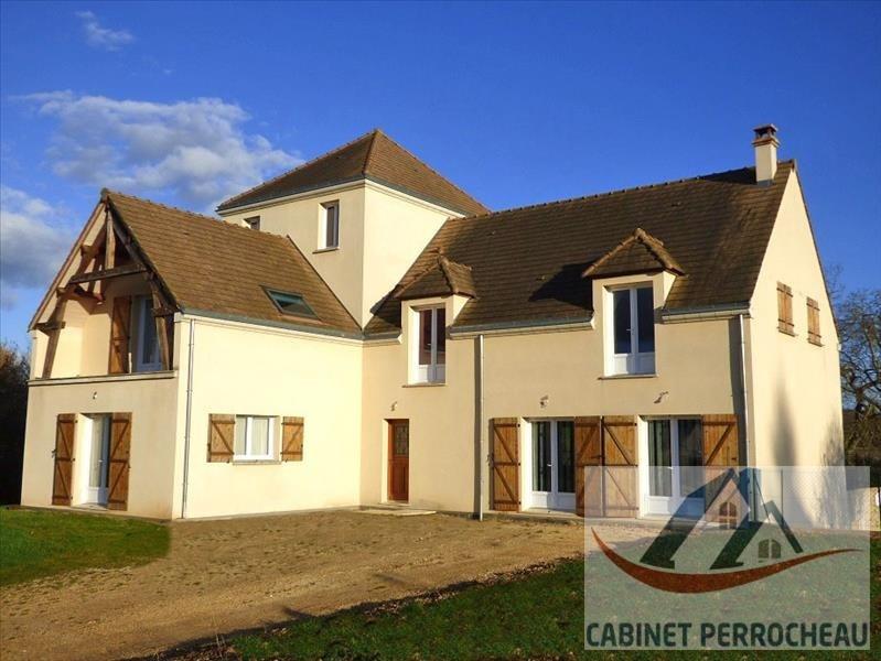 Sale house / villa La chartre sur le loir 308000€ - Picture 1