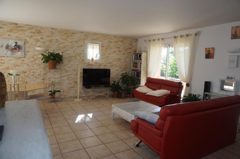 Revenda casa Estrablin 364000€ - Fotografia 3