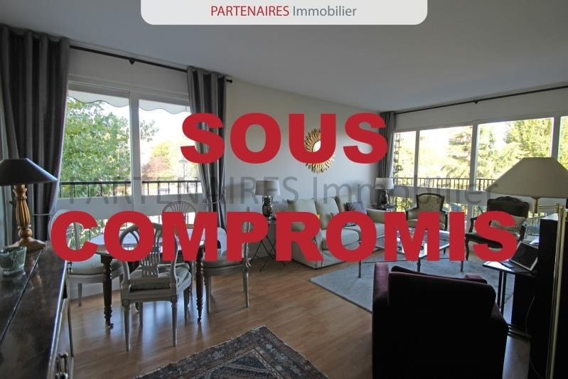 Sale apartment Le chesnay 245 000€ - Picture 1