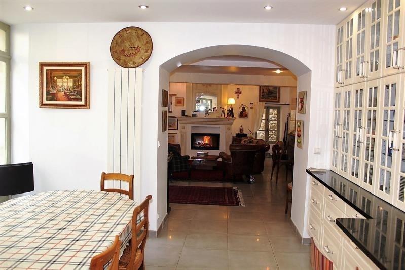 Sale house / villa Villeneuve les avignon 399000€ - Picture 6