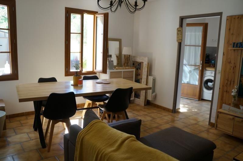 Location maison / villa Les angles 790€ CC - Photo 3