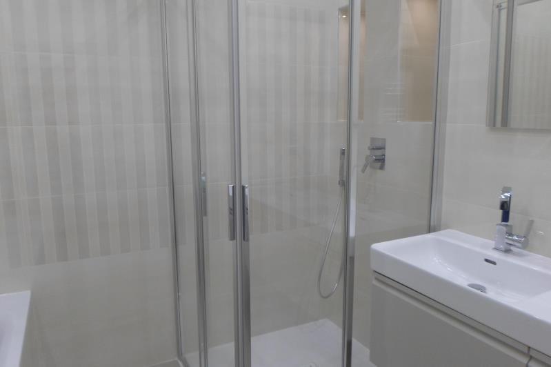 Rental apartment Paris 8ème 2745€ CC - Picture 5
