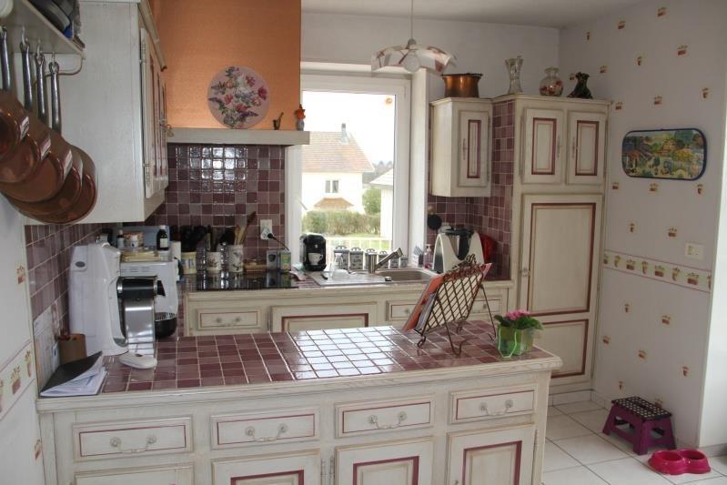 Sale house / villa Les abrets en dauphiné 324000€ - Picture 3