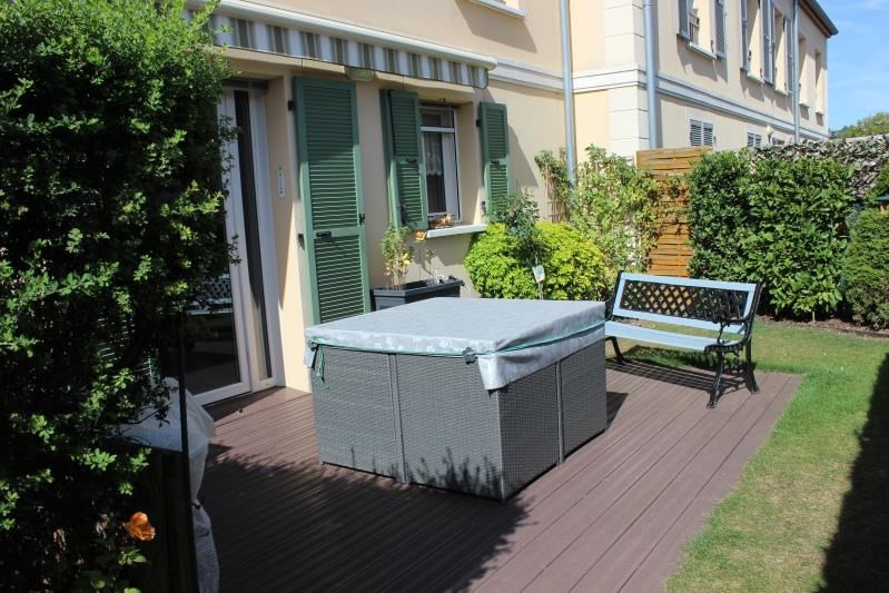 Rental apartment Coulommiers 830€ CC - Picture 2