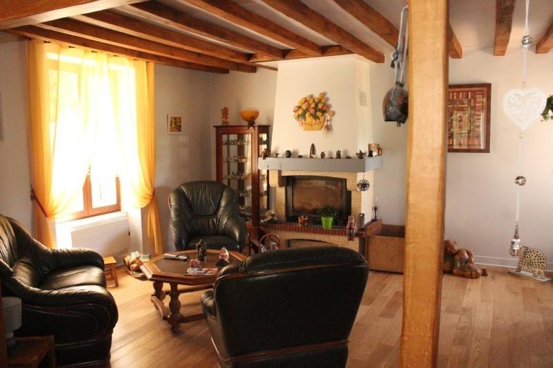 Sale house / villa Jouy sur morin 200000€ - Picture 4