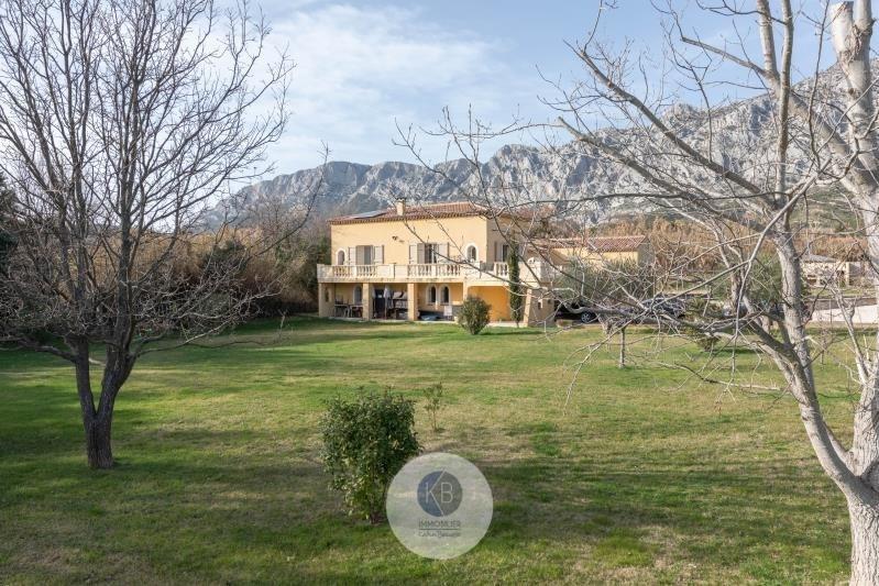 Deluxe sale house / villa Puyloubier 799000€ - Picture 1