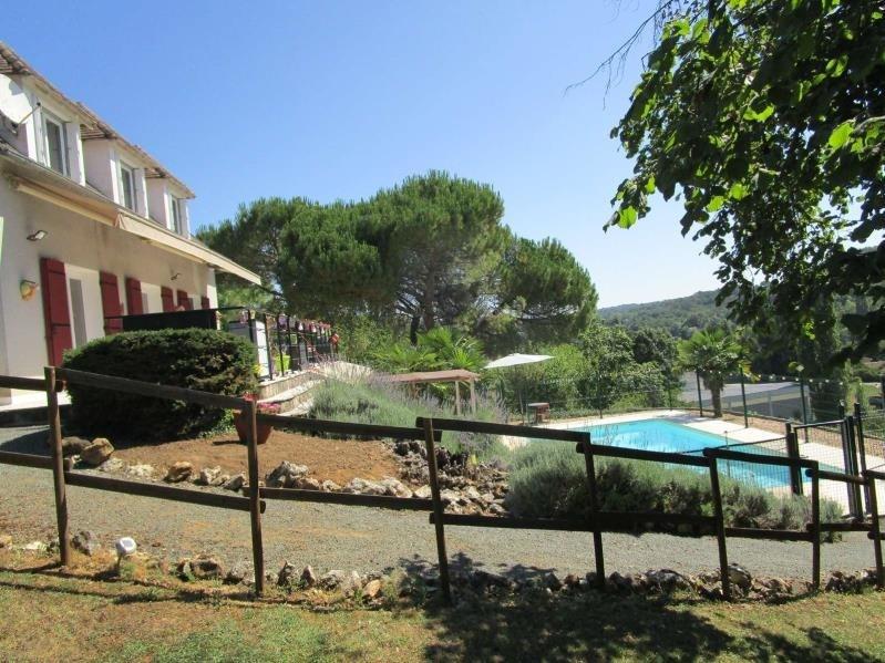 Sale house / villa Villamblard 243000€ - Picture 2