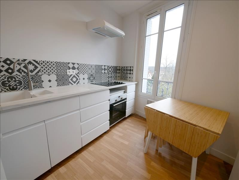 Location appartement Garches 842€ CC - Photo 3
