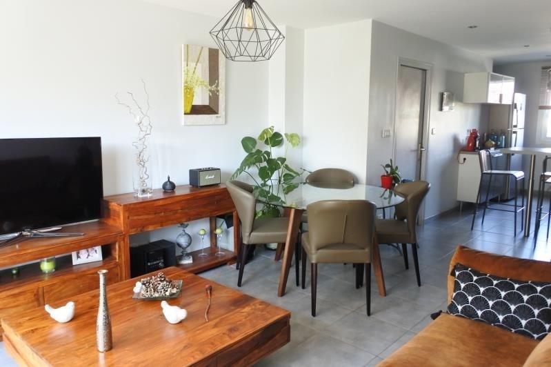 Sale apartment Romans sur isere 111000€ - Picture 2