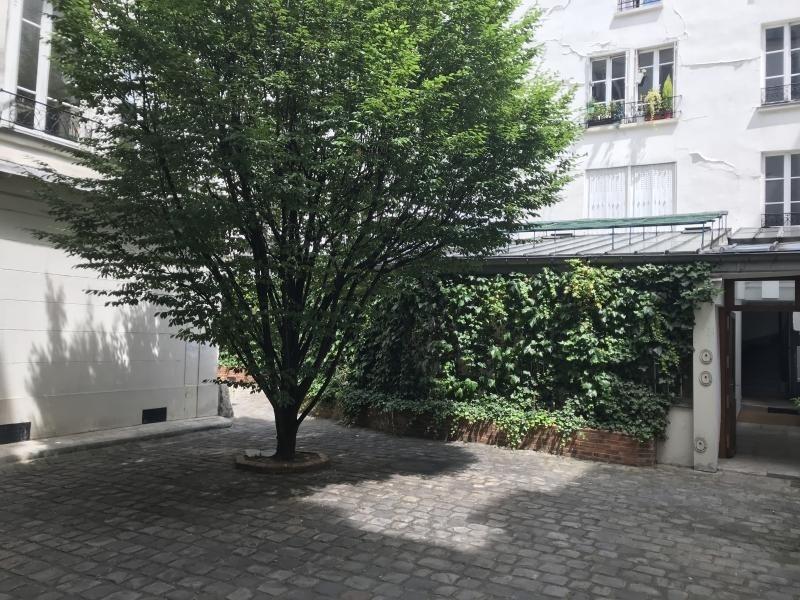 Rental apartment Paris 10ème 2050€ CC - Picture 4