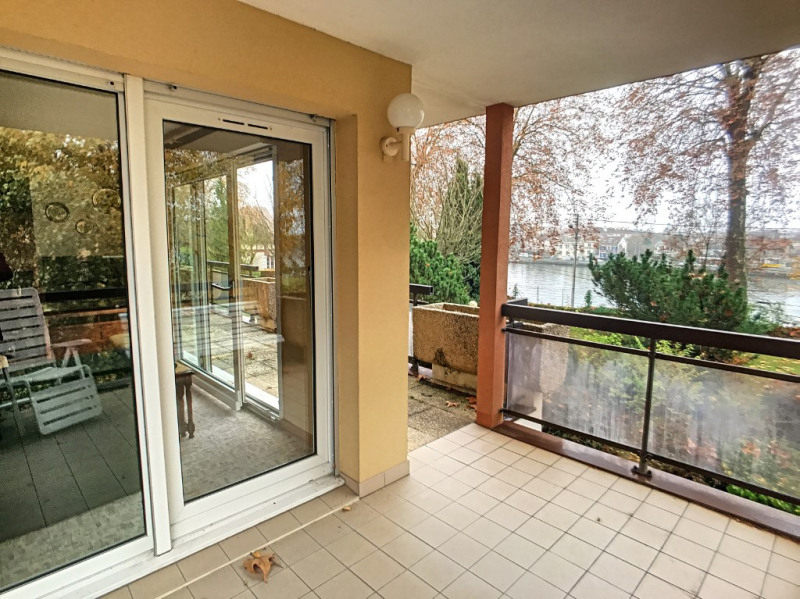 Sale apartment Le mee sur seine 380000€ - Picture 1