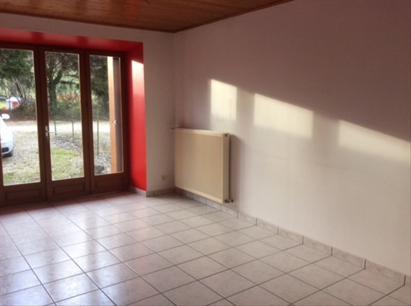 Location maison / villa Aiguebelette le lac 890€ CC - Photo 5
