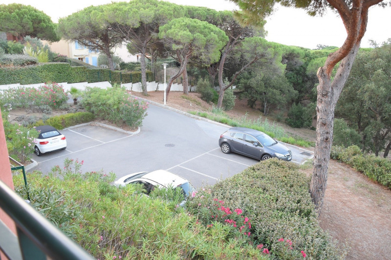 Vacation rental apartment Les issambres 600€ - Picture 6