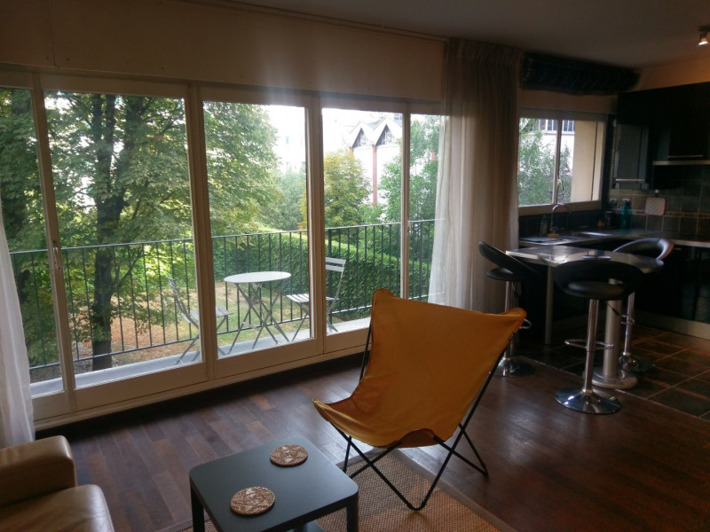 Location appartement Paris 17ème 1 250€ CC - Photo 3