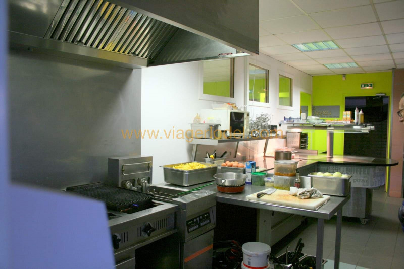 Commercial property sale shop Lisses 1 320 000€ - Picture 3