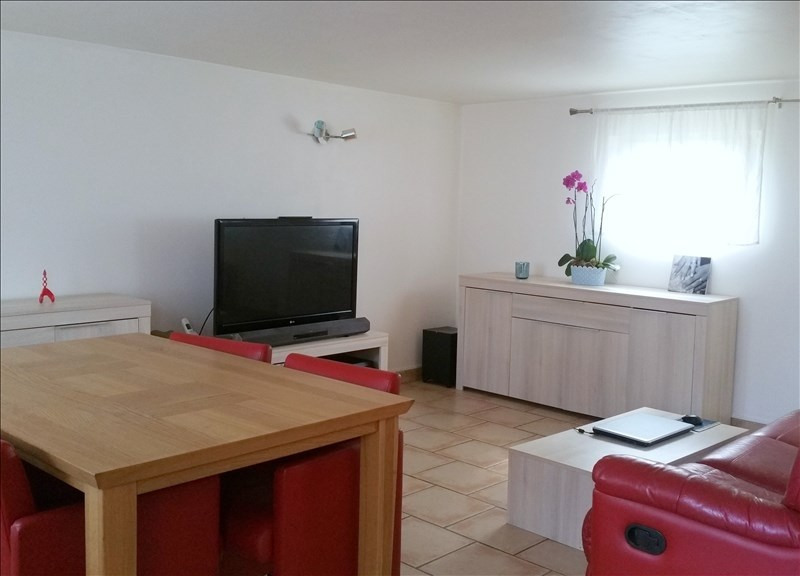 Sale house / villa Neuilly en thelle 143000€ - Picture 1