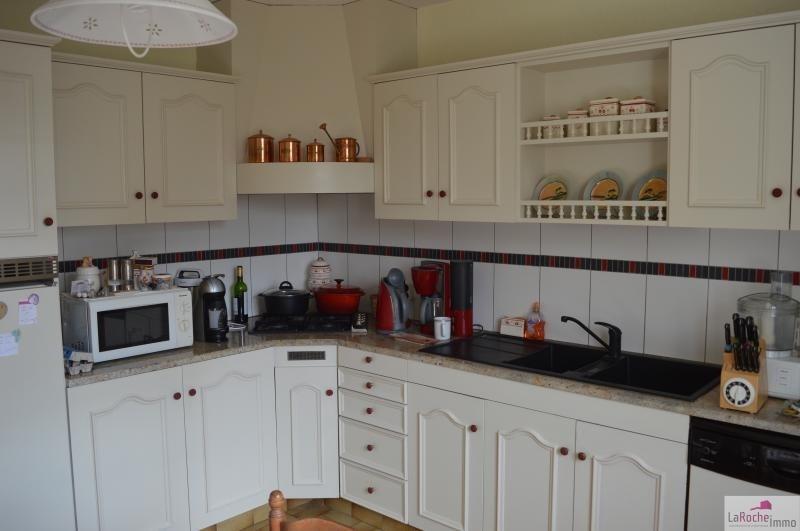 Sale house / villa La roche maurice 214225€ - Picture 3