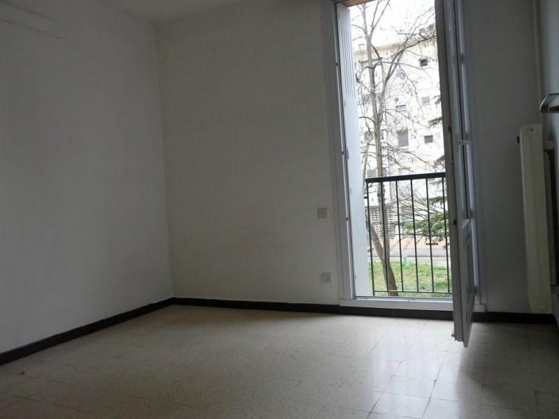 Sale apartment Arles 126000€ - Picture 2