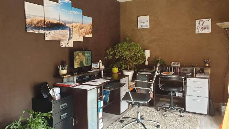 Sale house / villa Montfort-l'amaury 487000€ - Picture 9