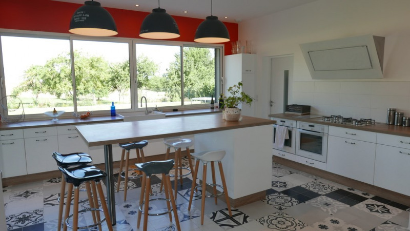 Vente de prestige maison / villa Annecy 895000€ - Photo 4