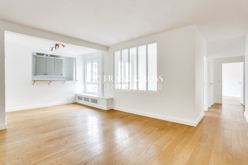 Location appartement Paris 16ème 2 630€ CC - Photo 1