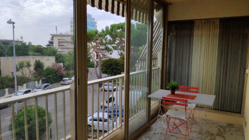 Affitto appartamento Saint laurent du var 650€ CC - Fotografia 5