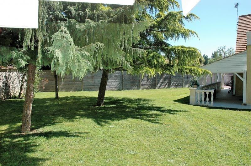 Vente de prestige maison / villa Maurepas 755000€ - Photo 8