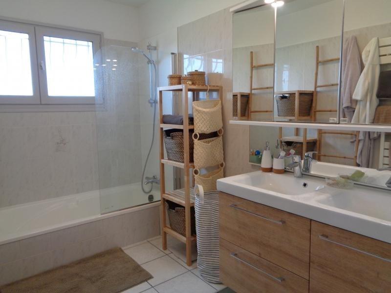 Sale house / villa St andre de cubzac 307000€ - Picture 6