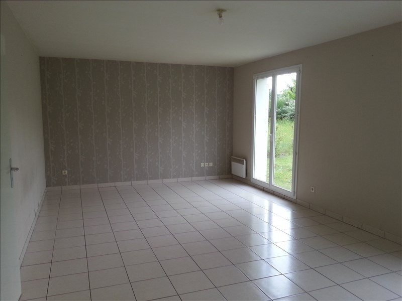 Location maison / villa St ouen 660€ CC - Photo 4