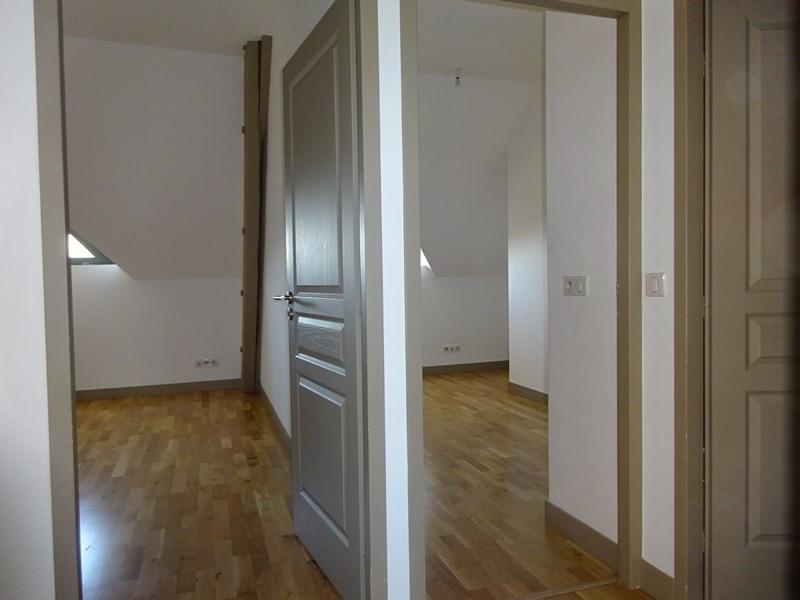 Location appartement Sainte-foy-lès-lyon 1110€ CC - Photo 9