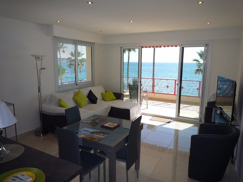 Vente de prestige appartement Juan-les-pins 790000€ - Photo 2