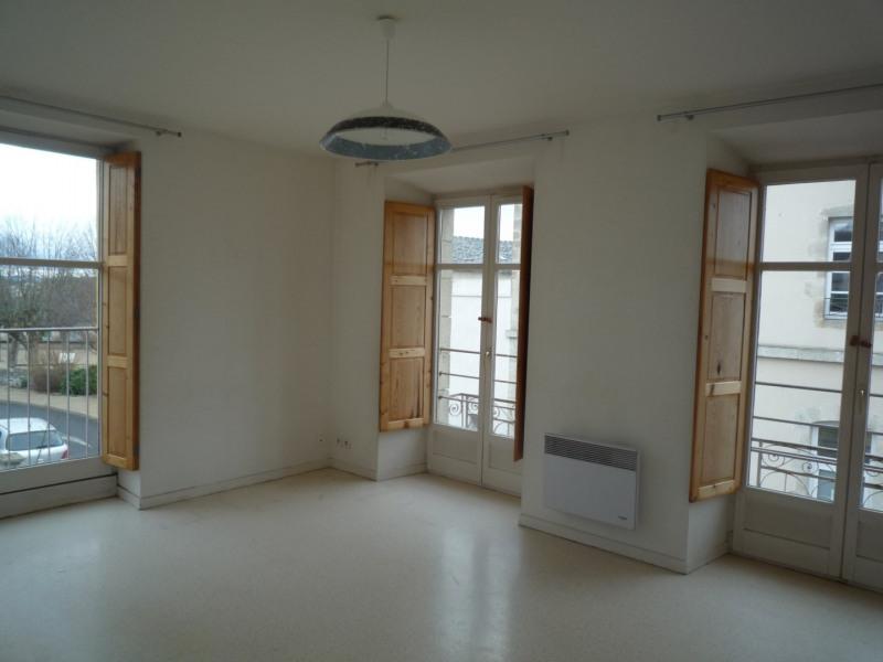Rental apartment St julien chapteuil 404€ CC - Picture 3