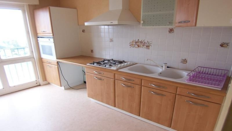 Rental apartment St andre les vergers 388€ CC - Picture 2