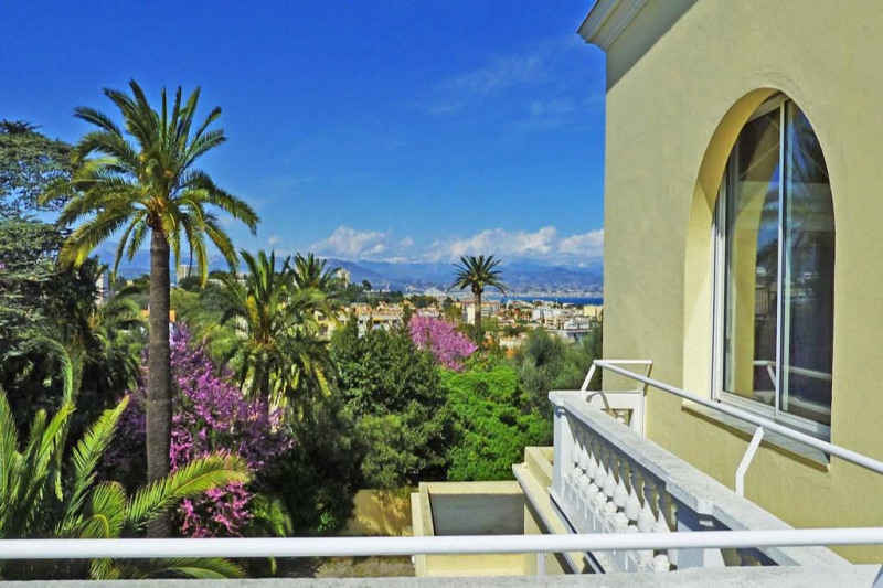 Deluxe sale house / villa Antibes 1 300 000€ - Picture 5
