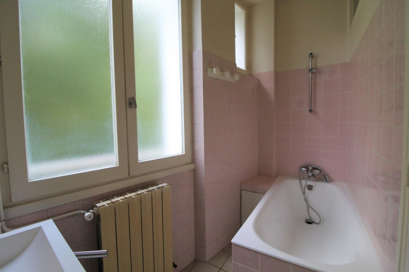 Verhuren  appartement Voiron 507€ CC - Foto 4