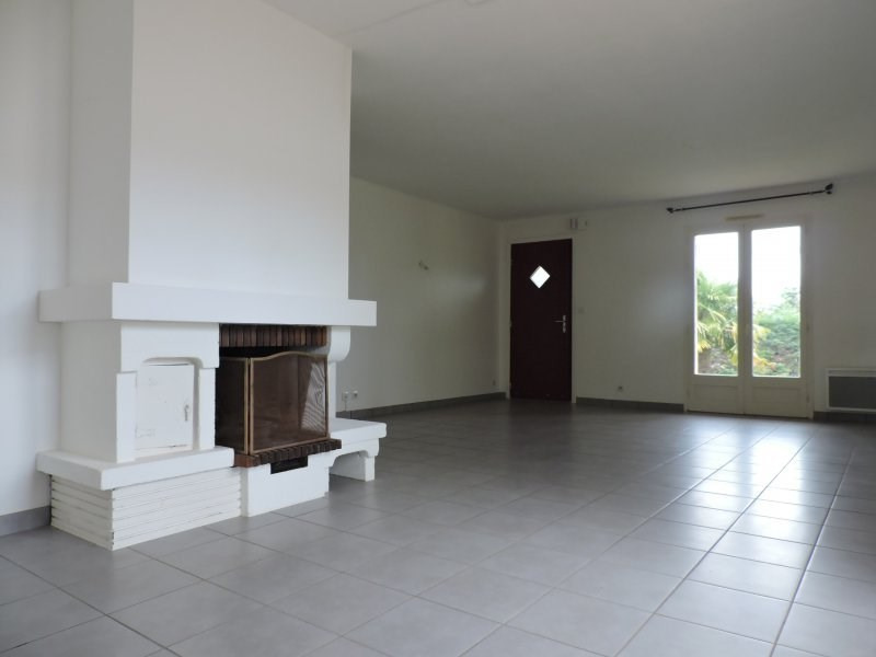 Rental house / villa Foulayronnes 810€ CC - Picture 5