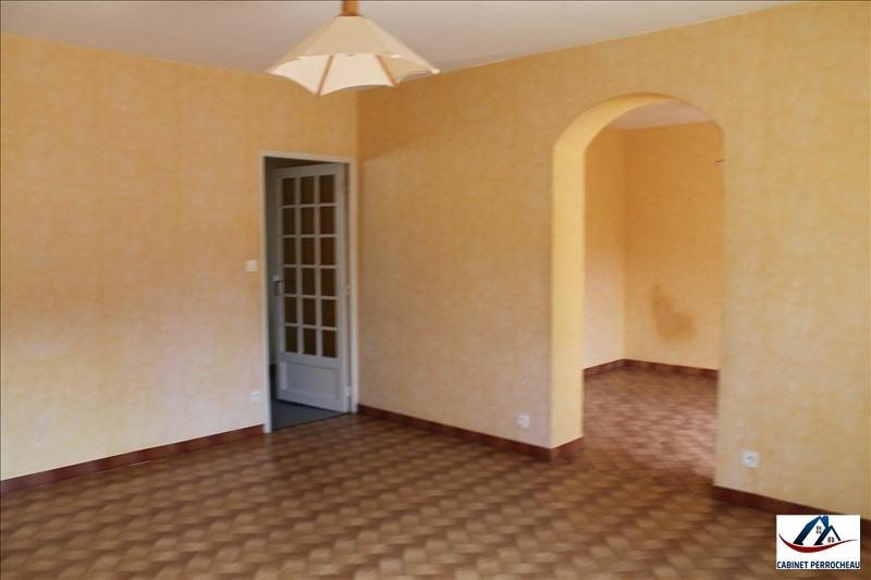 Sale house / villa La chartre sur le loir 146475€ - Picture 6