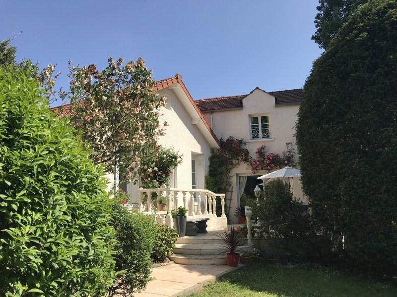 Vendita casa Orgeval 700000€ - Fotografia 1