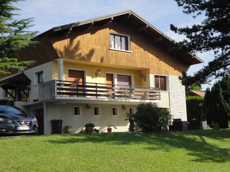 Deluxe sale house / villa Poisy 647000€ - Picture 1