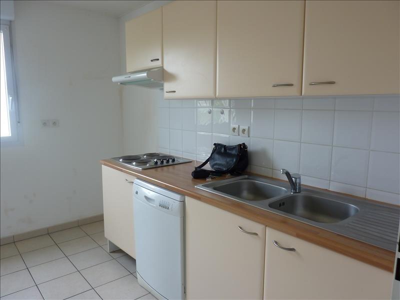 Rental apartment Vendome 618€ CC - Picture 4
