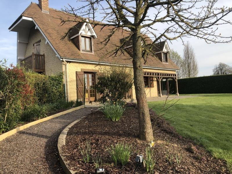 Sale house / villa Quincampoix 321000€ - Picture 1