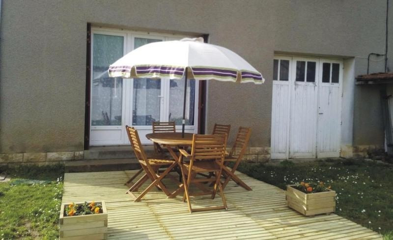 Investment property house / villa Iteuil 137 800€ - Picture 5