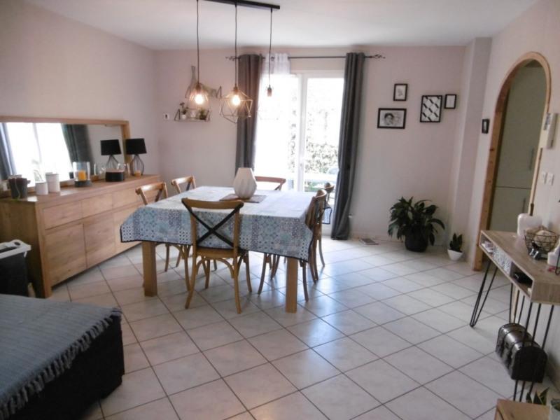 Sale house / villa Yvre l eveque 210000€ - Picture 5