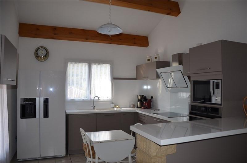 Sale house / villa Ruoms 241000€ - Picture 3
