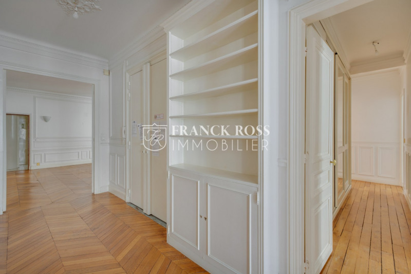Location appartement Paris 7ème 4 500€ CC - Photo 6