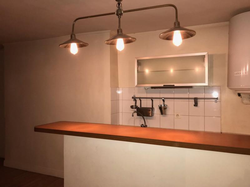 Rental apartment Paris 11ème 772€ CC - Picture 2